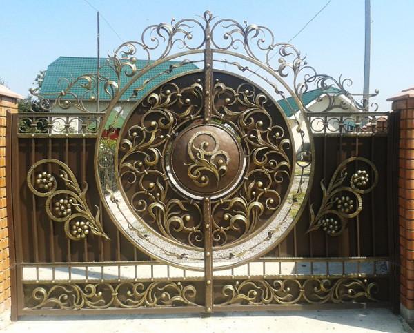 http://kovani.lviv.ua/images/os_imagegallery_159/original/b217