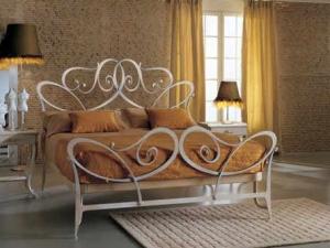 коване ліжко зображення