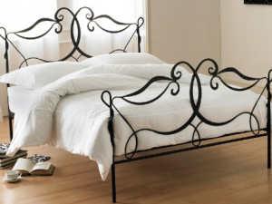 коване ліжко фото